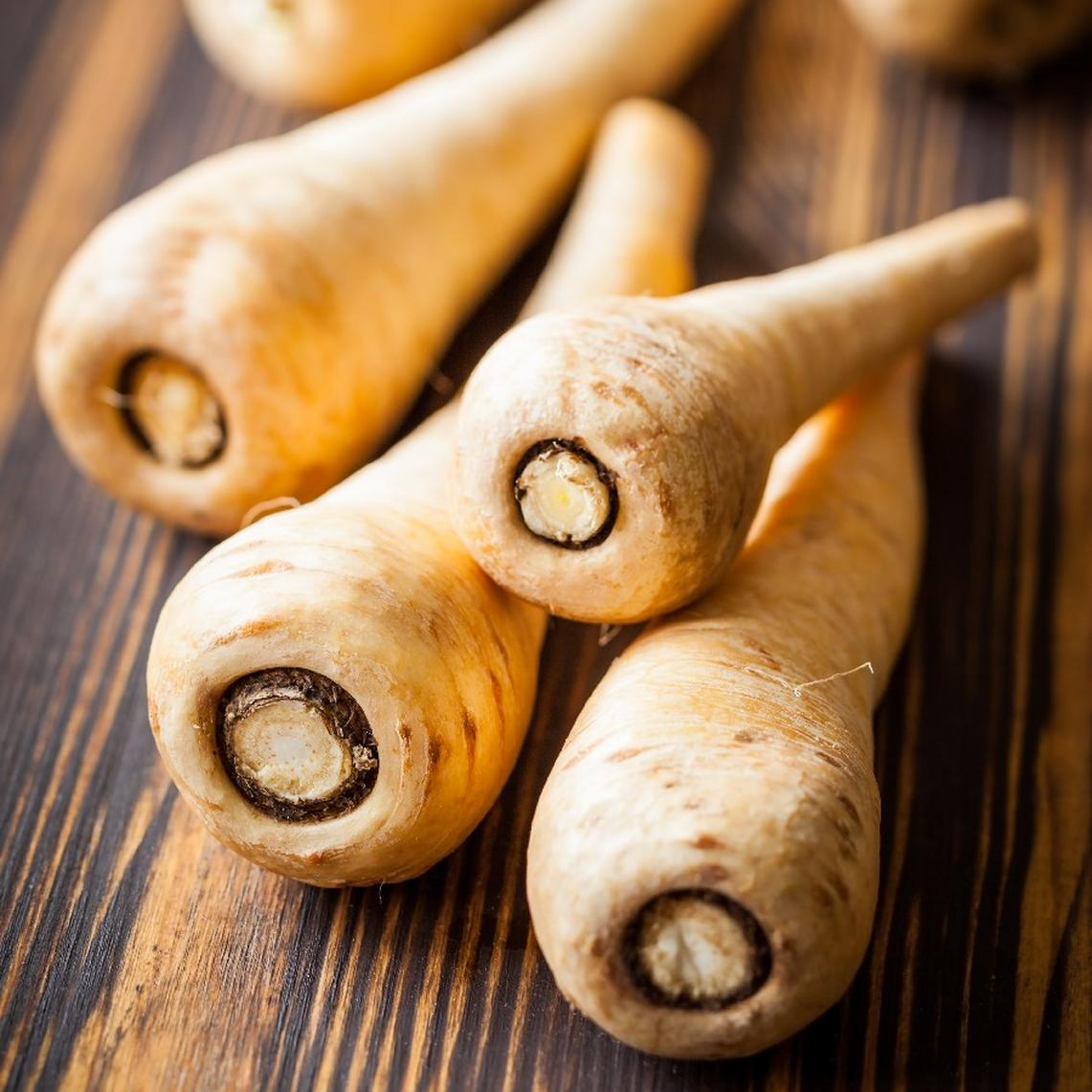 Parsnip Seeds - Hollow Crown